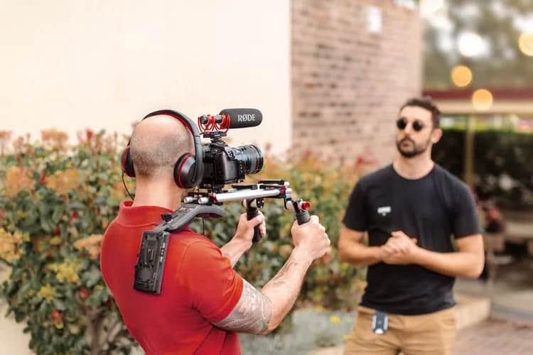 Sử dụng Rode VideoMic NTG với máy ảnh, máy quay