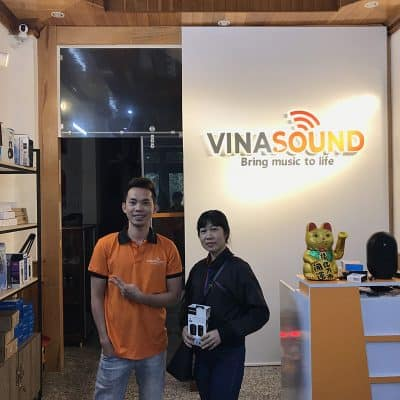 Khách hàng Vinasound mua bộ Micro cài áo Saramonic